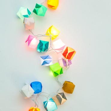 紙風船のパーティー・ライト
