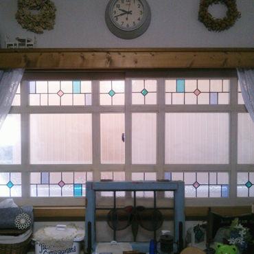 ステンドグラス入りの二重窓