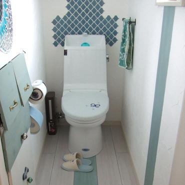 トイレを水色に