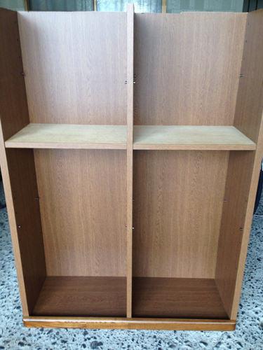 6. 残った棚は逆さまにして使用します。 高さをもう少し低くしてから、一番上に同じようにパイン集成材を乗せます。