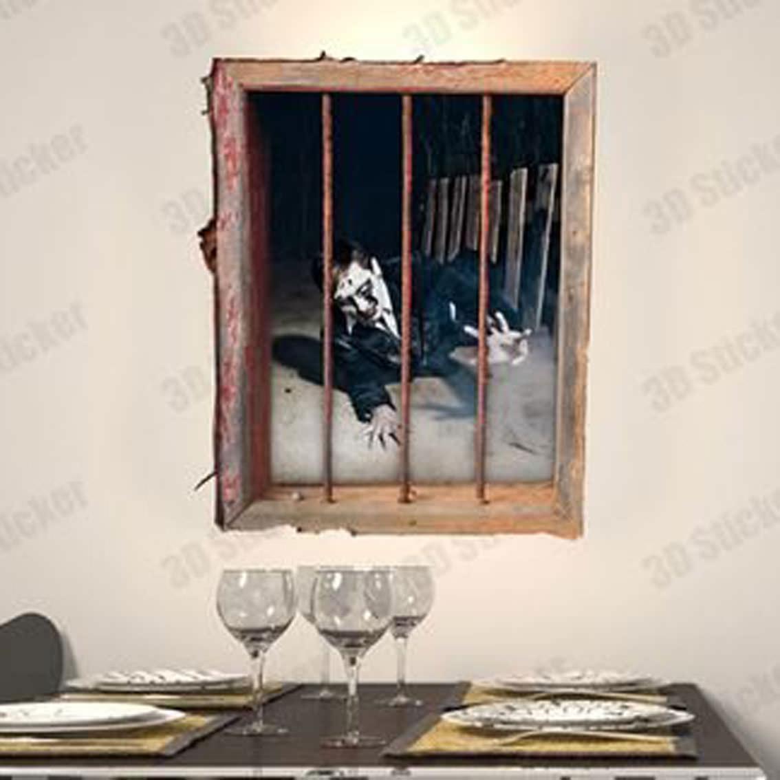窓辺にゾンビを眺めつつ<br>真っ赤なワインで乾杯♪