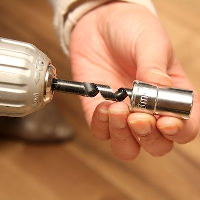STEP4 ドリル刃にガイドリングをセット
