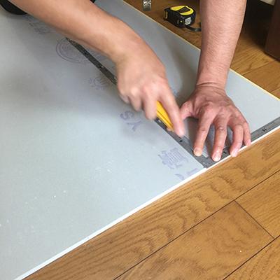 下準備:石膏ボードのカット